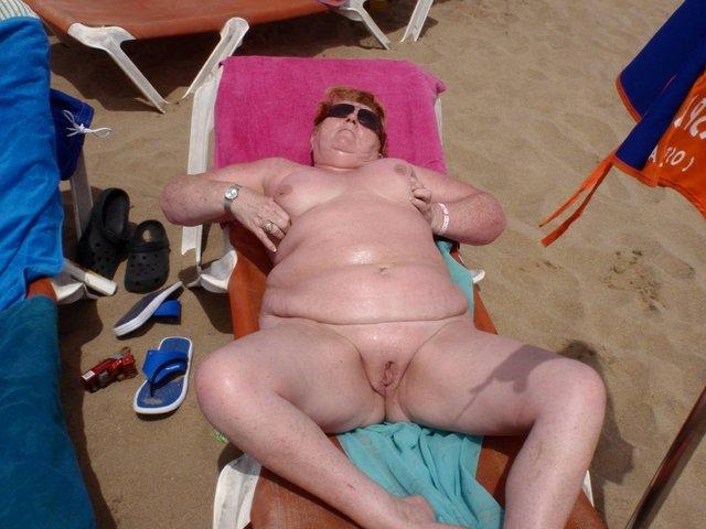 секси жирные жены на пляже фото