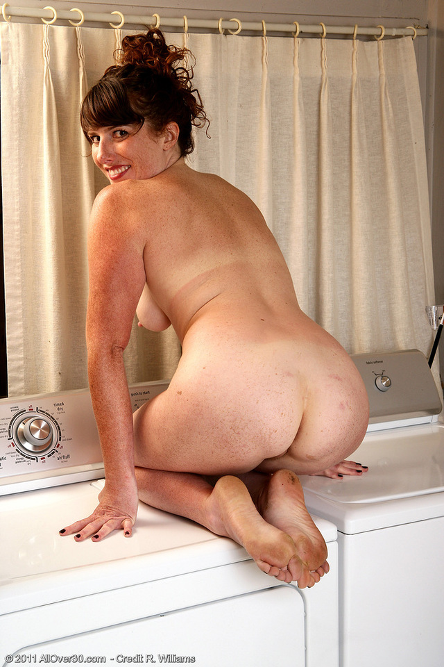Milf amature nude butts