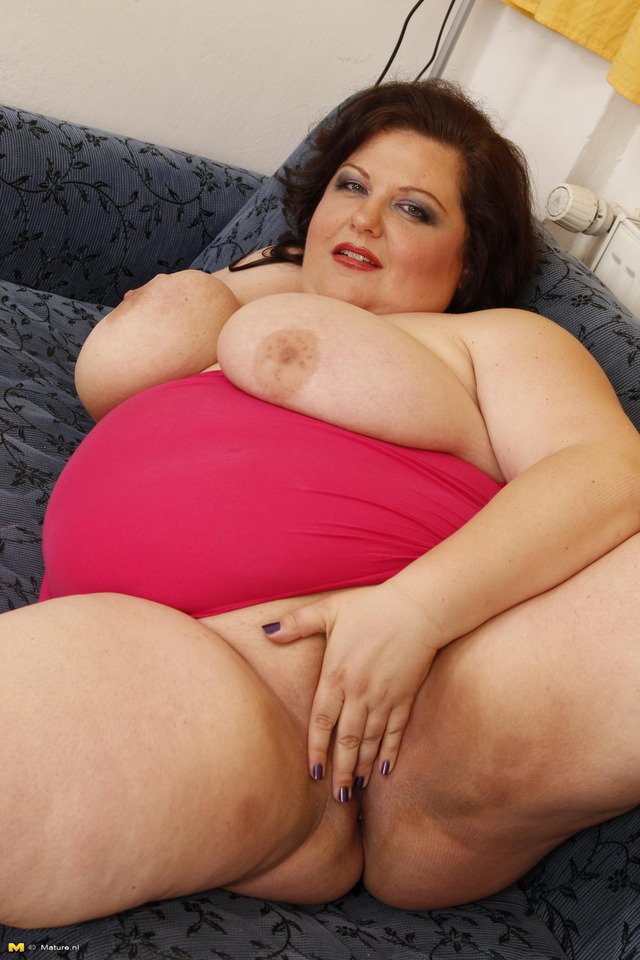 huge mature mature pictures free track affiliates webmaster