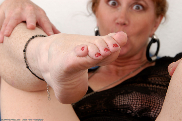 Massive female bukkake squirting