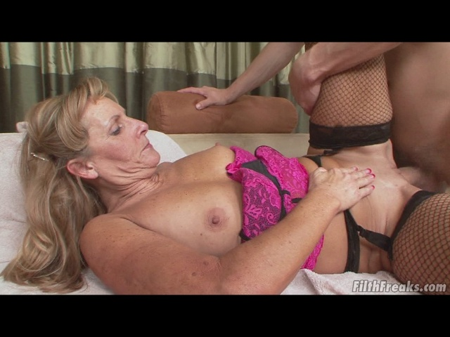 mature ginger videos freak review flv min grandmas mgiacf