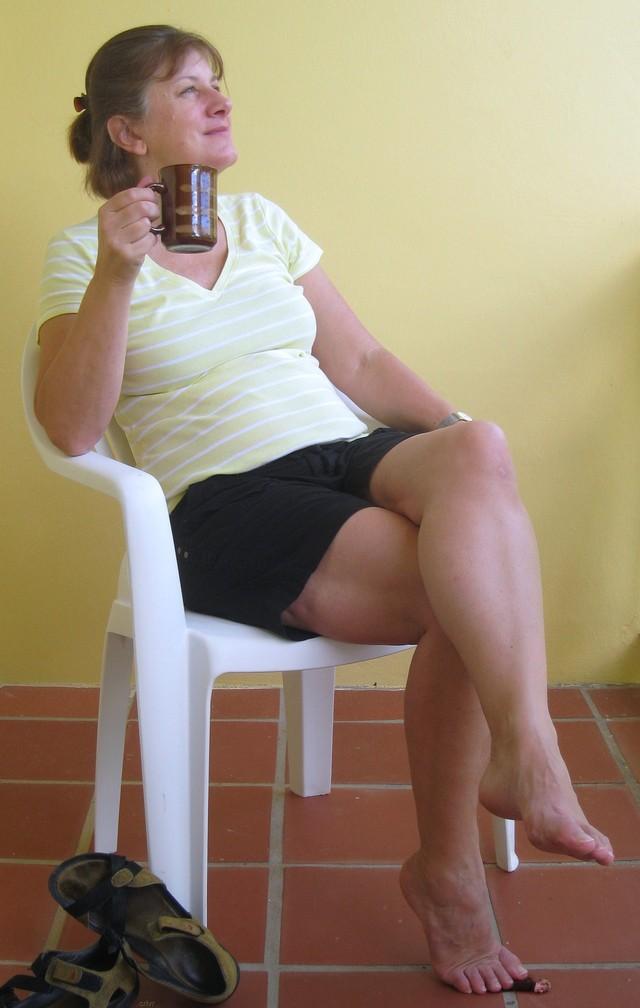 Double crossed legs masturbation camgirl hot 9