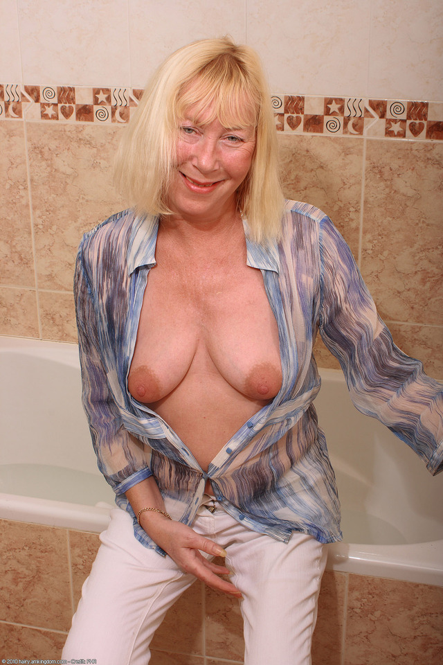 mature old mature bbw old hairy blonde large saggy fat ugly bath hairystars wtxwzeo