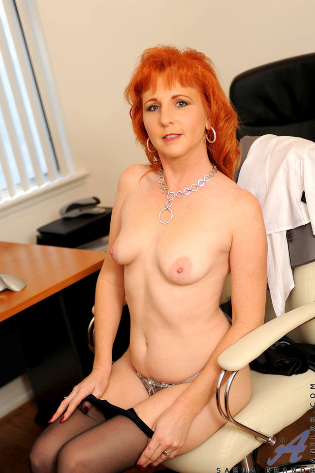 mature redhead mature hairy large redhead ginger anilos firecrotch dqsvn ebu