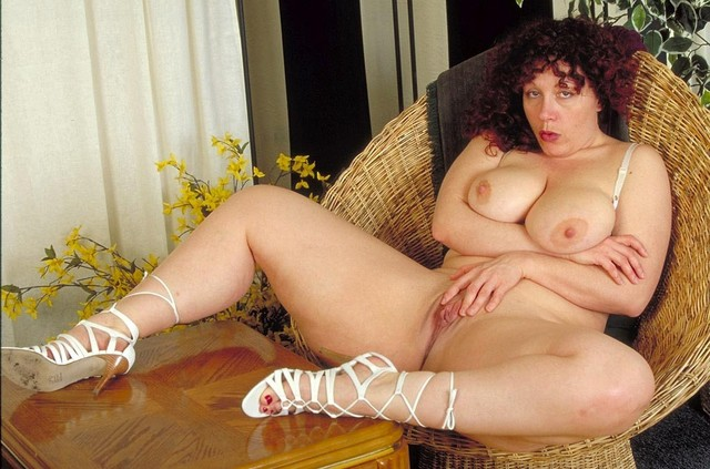 mature redhead mature porn bbw ass photo tits showing redhead voluptuous yvette