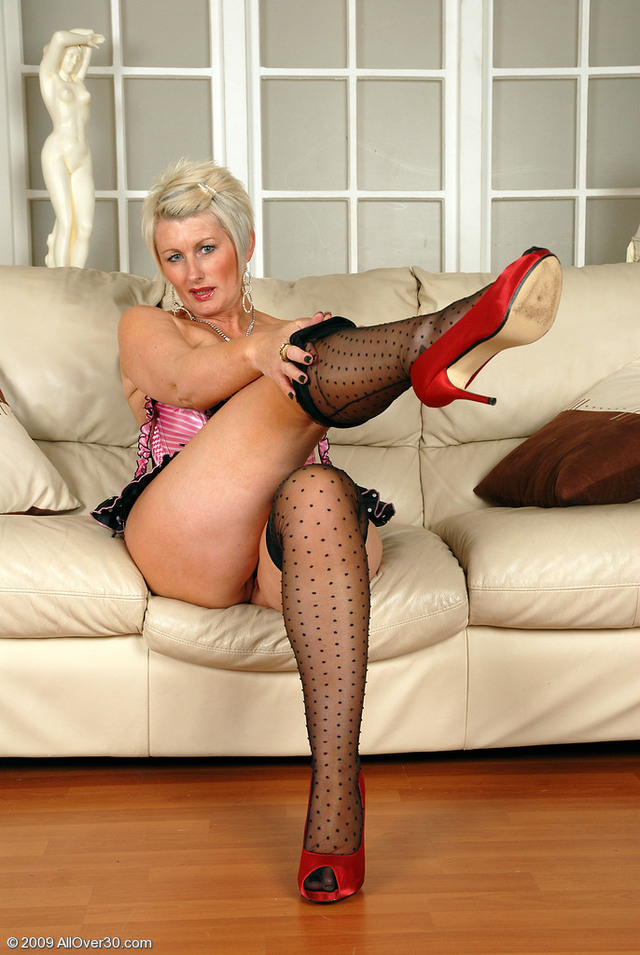 mature sally mature sal sallyt sdmqtw
