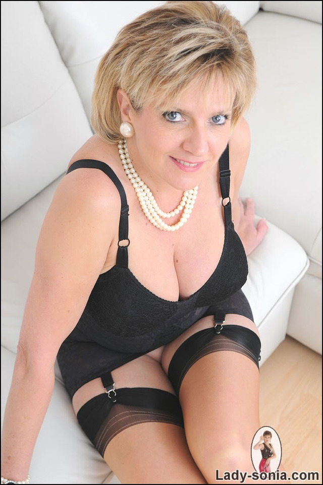 matures lady pussy hot stockings sexy sonia matures necklace pearl
