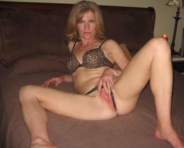mom milf mature amateur mature pussy mom smooth milf wife shaved ...