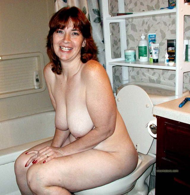photos of naked moms nude pictures women hot exclusive album curvy ...