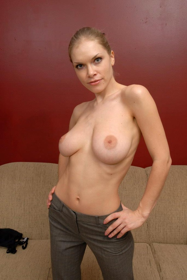 Are Sexy soccer mom milf stripping