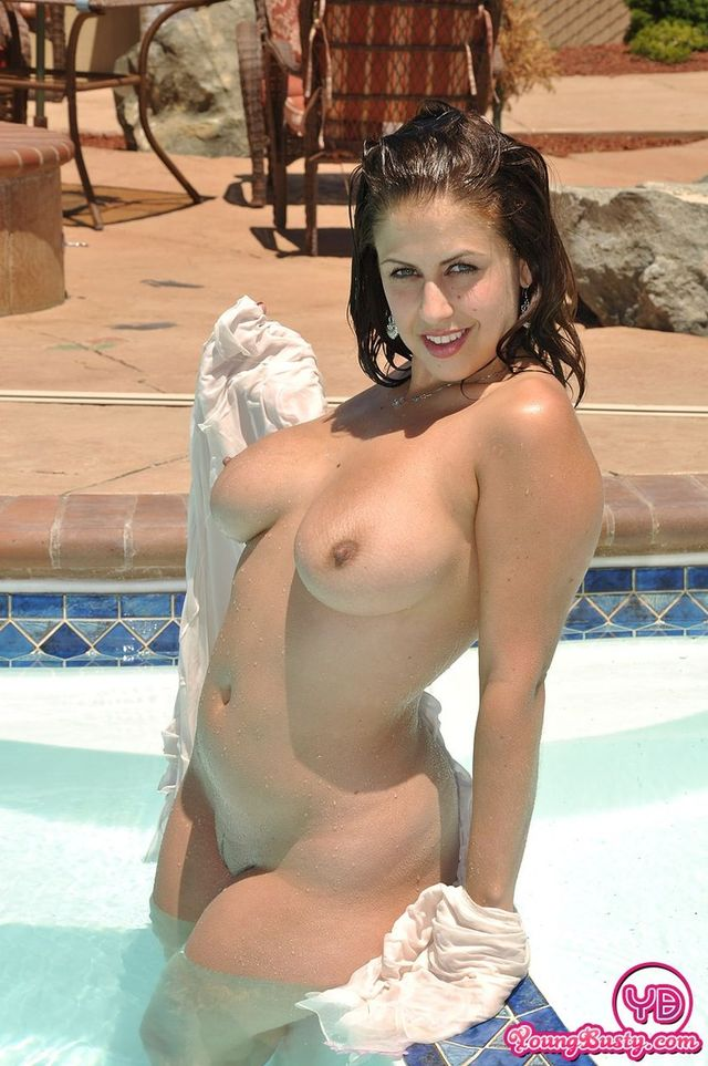 from Cedric milf in swimming pool