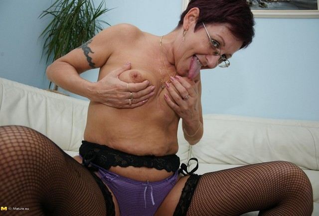 housework femdom slave