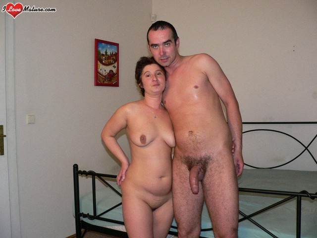 old man and old lady nude together