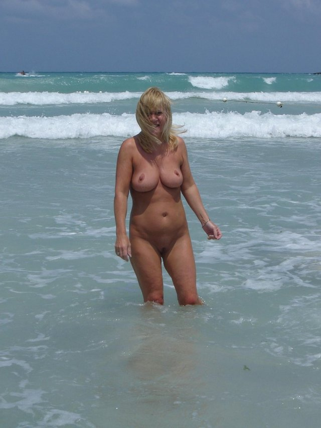 Milf Mature Naked Porno Pictures 16