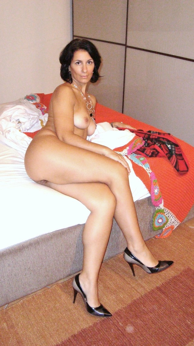 Are not hot nude mamasitas mature