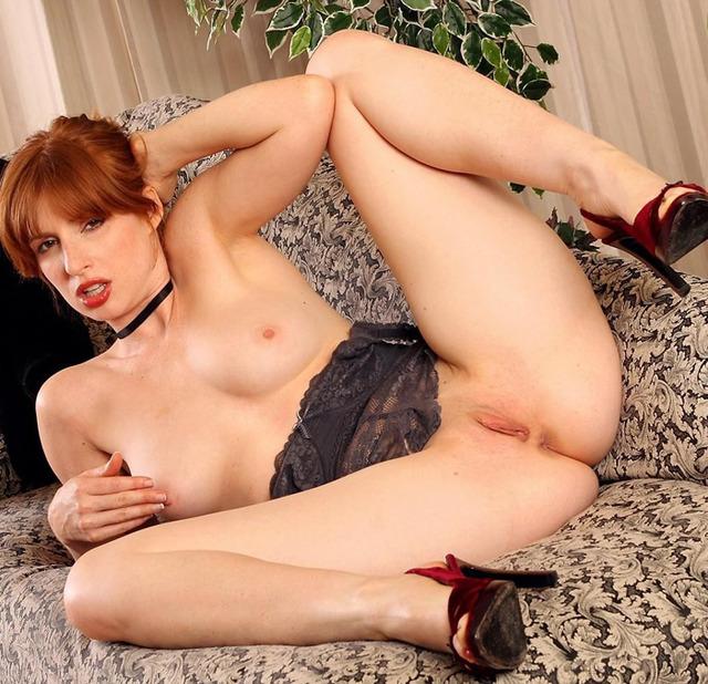 Gorgeous women redhead drop dead