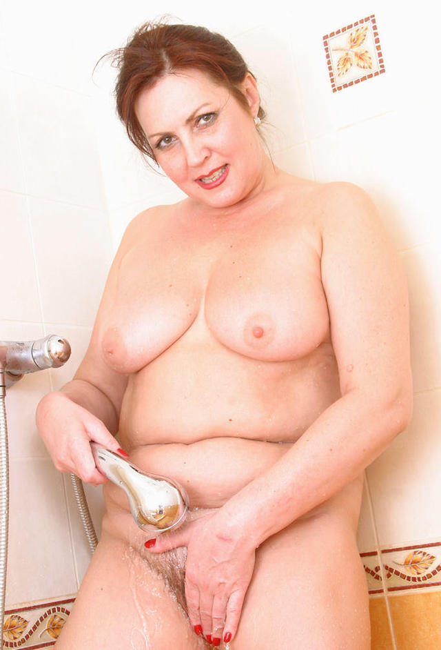 shower mature mature porn mom photo tits shower time olga