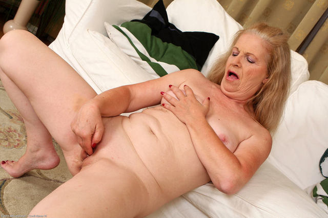 Older Women Masturbating Movies