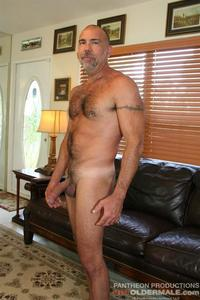 amateur older porn hot older male jason proud hairy muscle daddy thick cock amateur gay porn stroking his