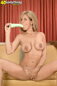 free gallery mature milf porn pics serenalynn gallery hot milf perfect tits