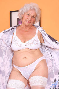 free porn fat old woman dcdf gallery fat granny mouvies