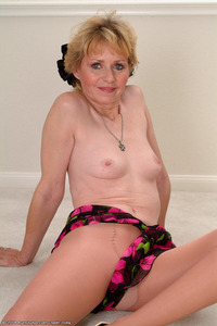 gallery mature porn woman photo gallery aunt judys mature porn woman paula from judy