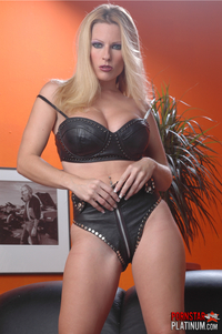 goldie porn star upload pics goldie solo pictures set black leather bra