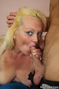 hairy hairy mature porn cumming hairy granny pussy bet