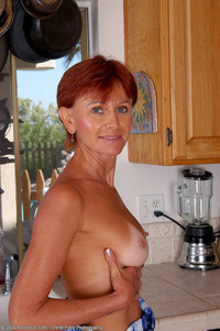 housewife in mature porn ass redhead tan lines housewife mature milf alluring lady washes cunt
