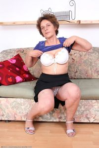 in mature porn woman gallery viewpic aunt judys claudia large cla mature porn woman original