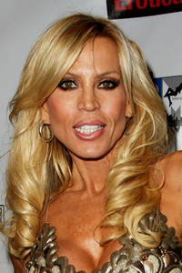 mature actress porn people person amber lynn