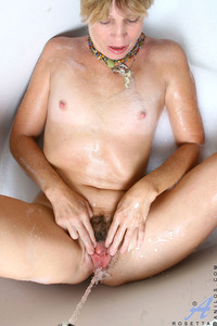 mature housewife porn anilos galleries rosetta nude mature housewife gets soaking wet bath tub from