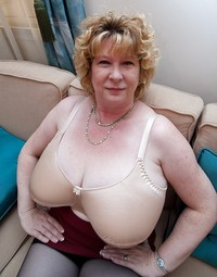 mature lingerie porn bbw porn assorted mature grannies women lingerie photo