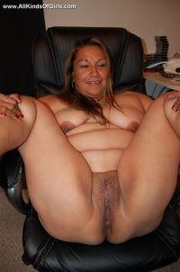 mature mexican porn galleries efc mature bbw mexican wife exposing naked golden picture
