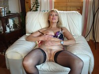 mature pantie porn amateur porn mature old granny housewives hairy panties voyeur photo