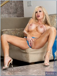 big mature porn tit pics pictures mature porn star cindi sinderson shows tits great ass