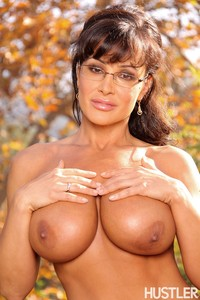 mature porn star picture media original lisa ann hunny pornstar massive solo hustler hot mom outdoor fall autumn
