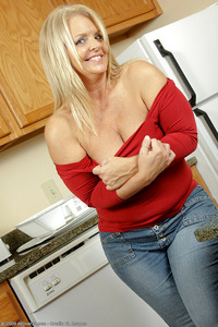 mature porn wife galleries all over thick mature wife kelly strips nude