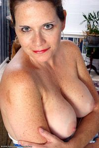 mature woman porn picture pics mature woman watching porn all over women nude