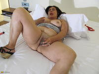 old sluts porn bbw porn old dildo grannies sluts photo