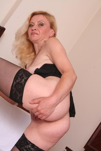 older woman younger man porn soduludo couples older woman younger man