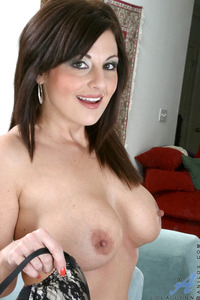 porn busty mature galleries aaf mature busty milf pics