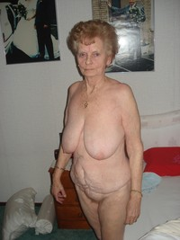 very old porn porn pics this very old lady accepted pose all nude