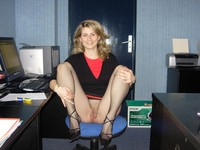 amateur mature milf porn amateur porn mature milf exhib wife spread office photo