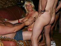 amateur mature pics galleries gangbang queens pictures