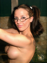Busty brunette cell phone self shot nudes