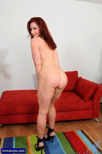 ass pic milf redhead milf catherine desade showing ass