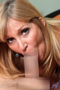blow job mature porn preview pictures jessica sexxxton mature blowjob samplepicture