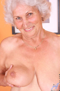bbw older women porn dcdf gallery fat granny mouvies