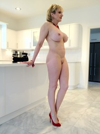 amateur fetish mature milf porn upload bigtitmoms lady sonia kitchen candid mature fetish porn category amateur blowjob british